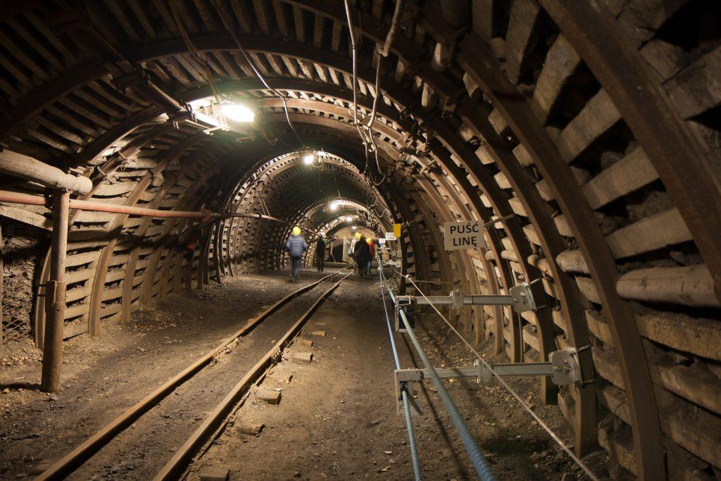 wstrząsy w kopalni